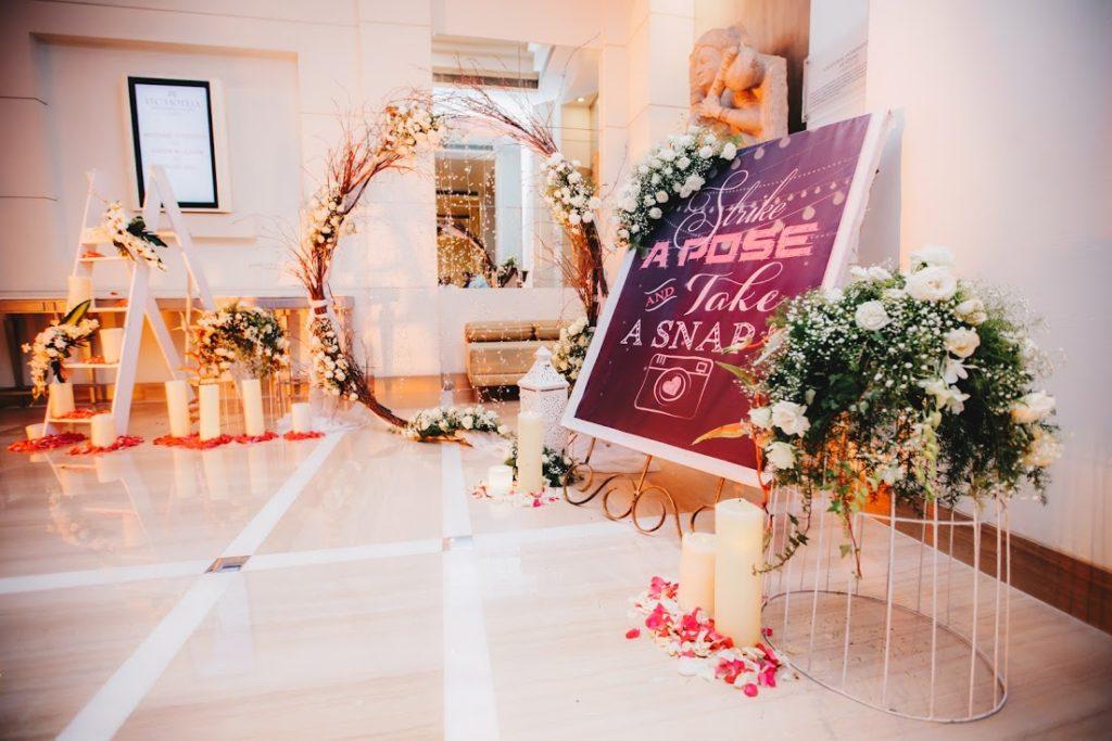 White Flower - Wedding Flower Decoration