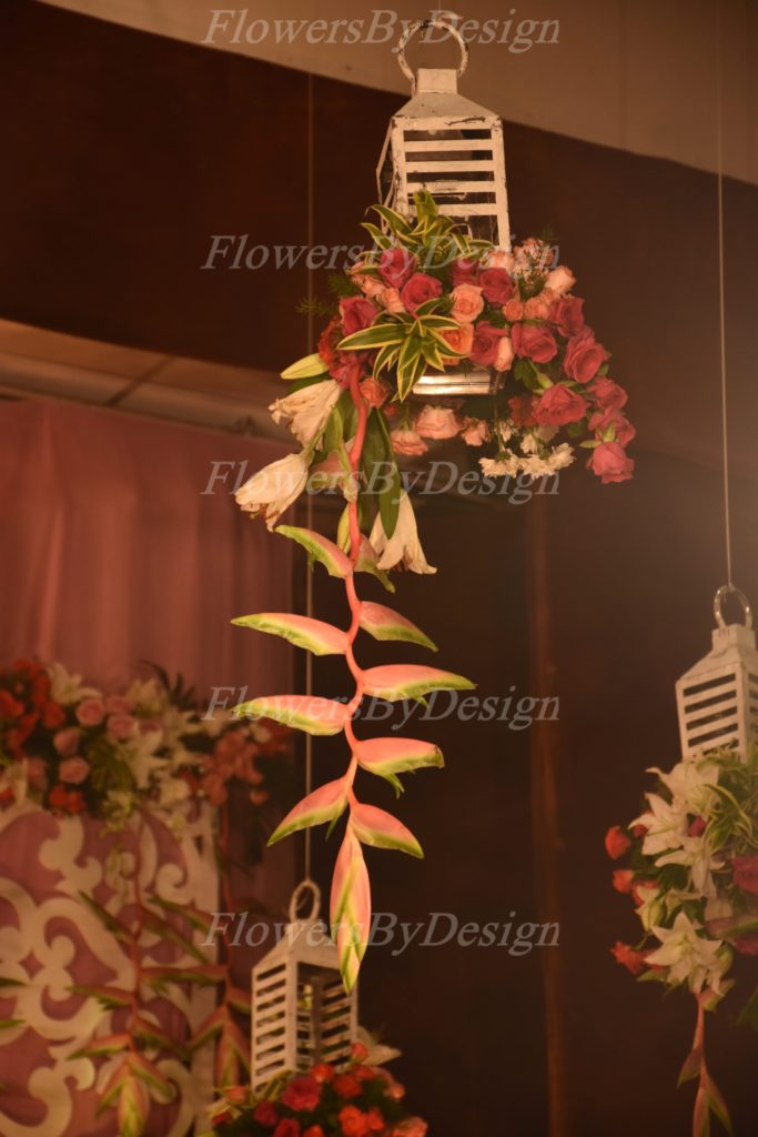 Red and Pink Flower Decoration In Marriage