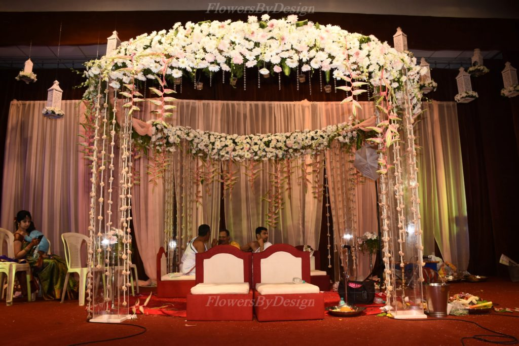 White Flower Decoration In Marriage