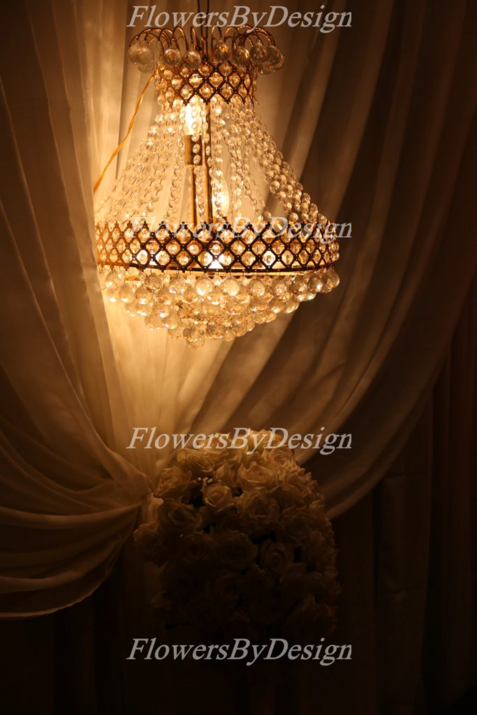 Lighting White Rose Flower Decoration In Marriage