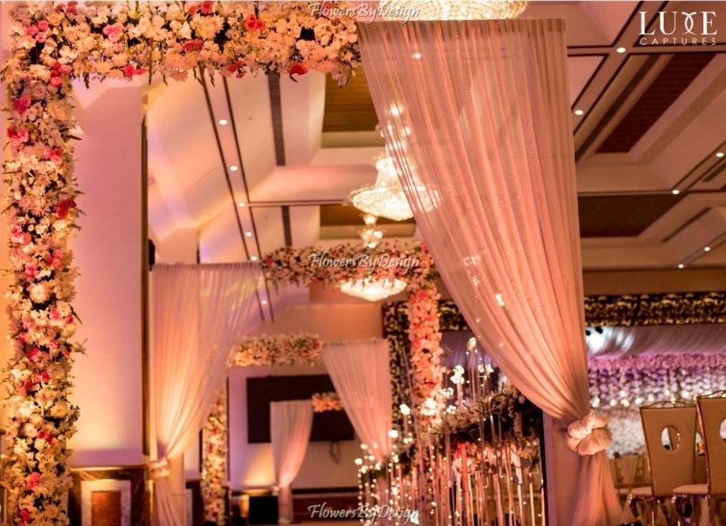 Hanging light theme - Stage Flower Decoration