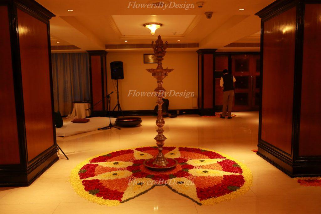 Kuthu Vilakku - Wedding Flower Decoration